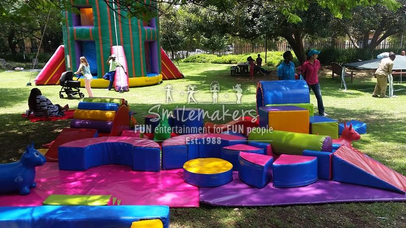 smilemakers entertainment fun entertainment for fun people rh smilemakers co za
